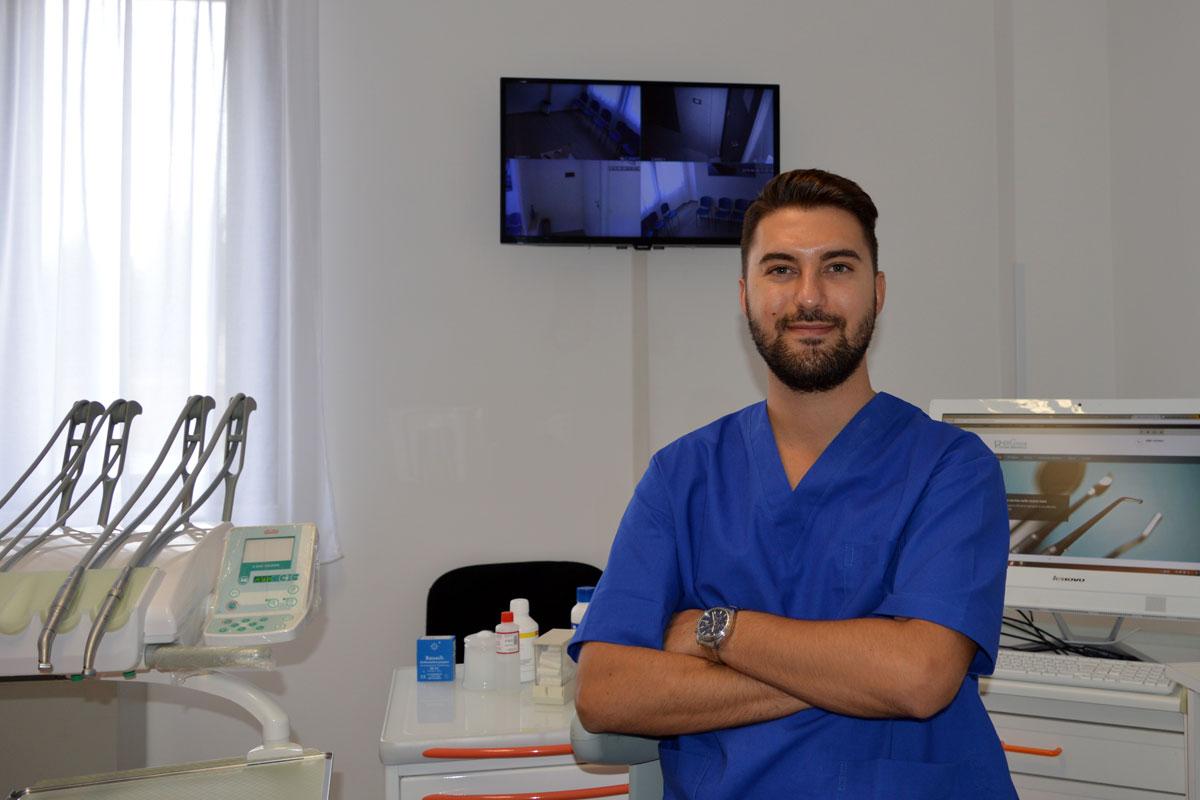 studio-di-conza-sbiancamento-denti-1
